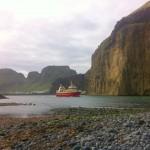 fishing boat leaving port